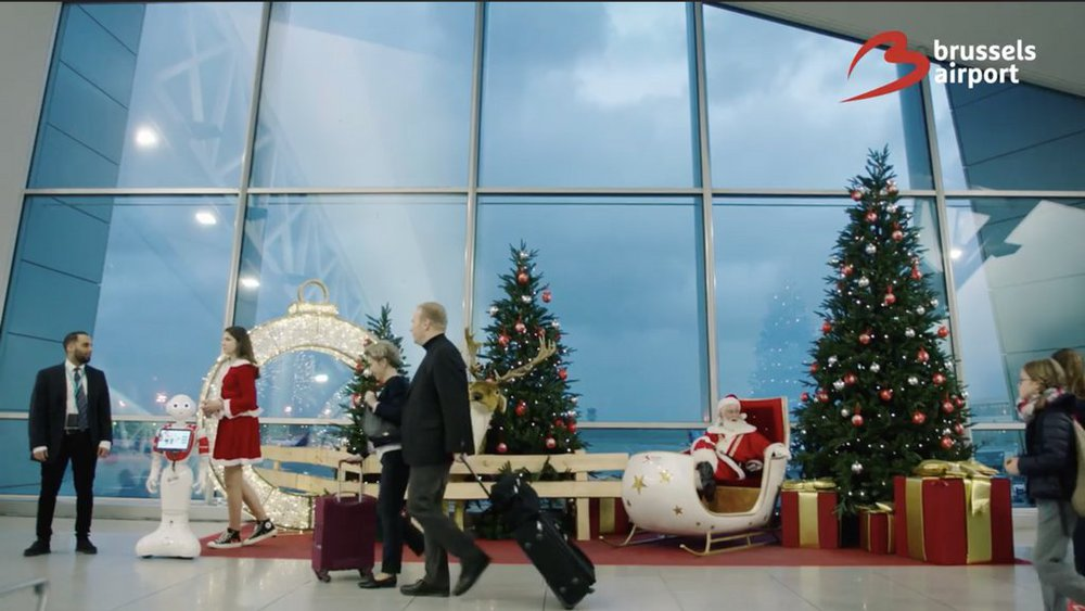 Bringing the Christmas spirit to the airport