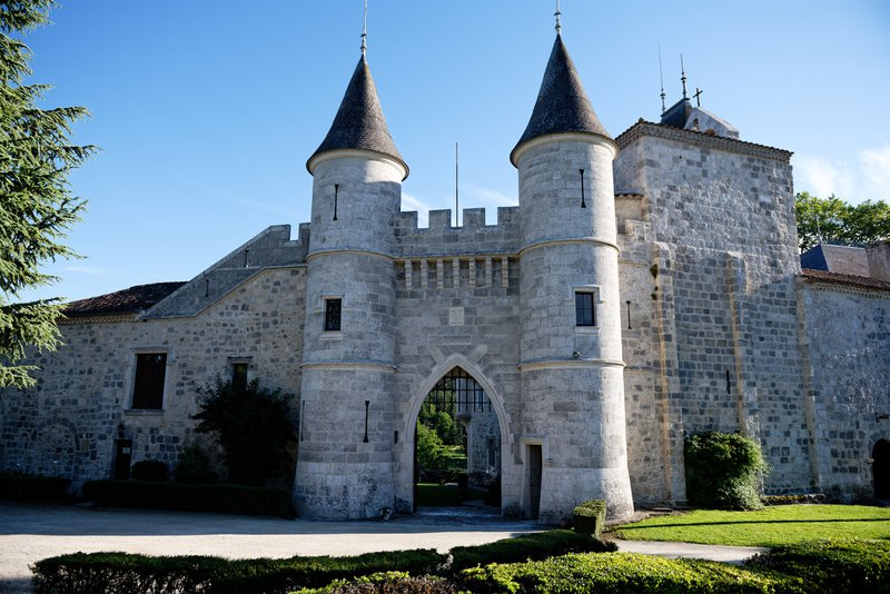 Find the Perfect French Chateau Wedding Venue