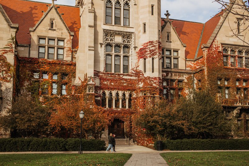 UChicago essay prompts image: a photo of University of Chicago's campus