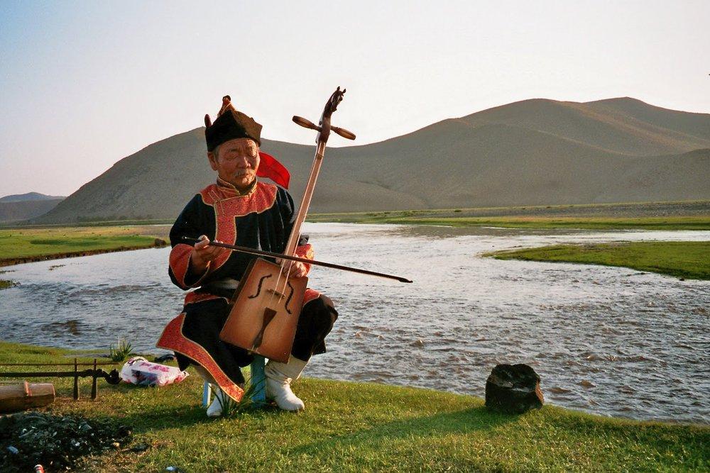 Mongolië: over paarden, keelzangers en Volvo's