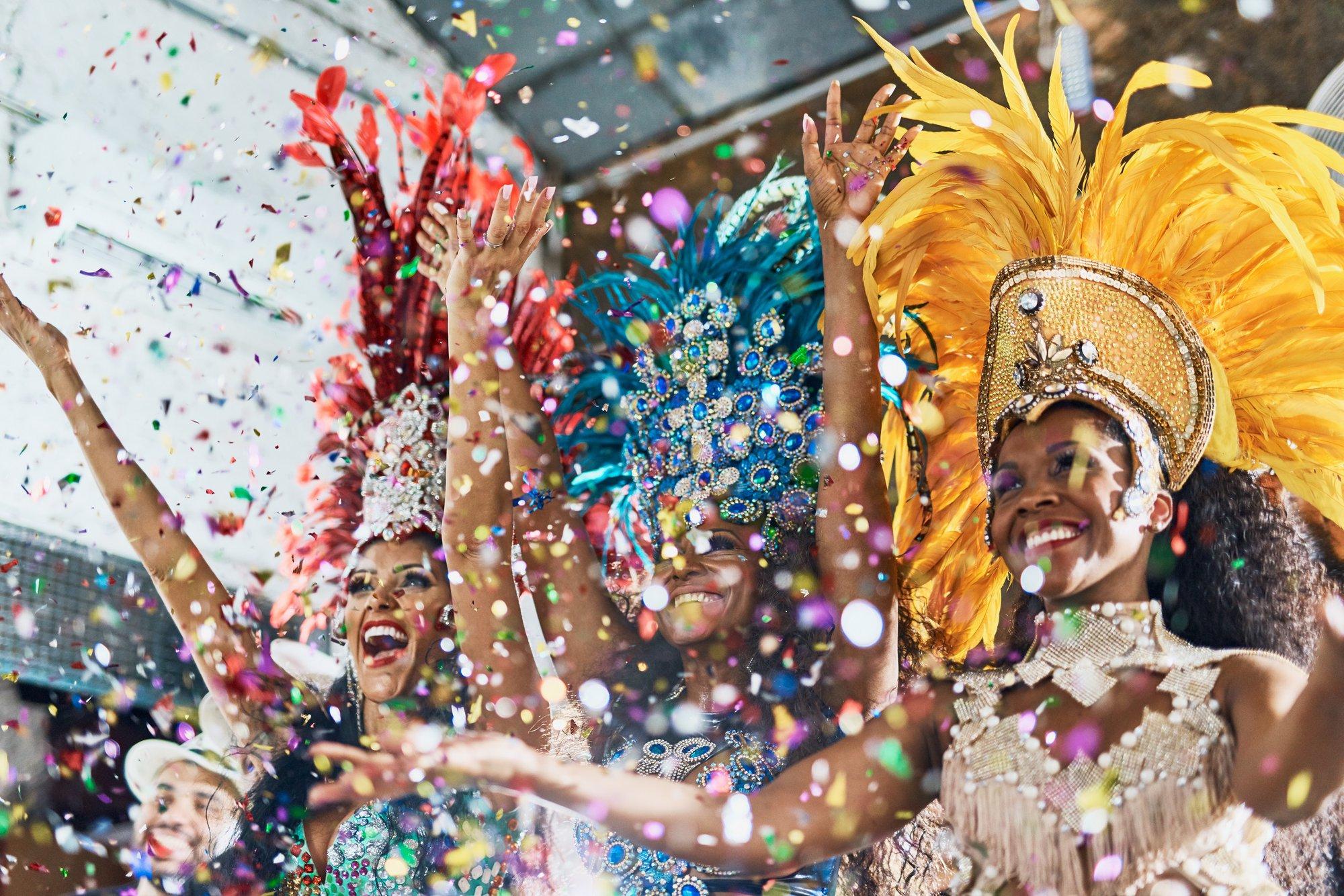 Wonderlijk Carnaval overal ter wereld TL-12