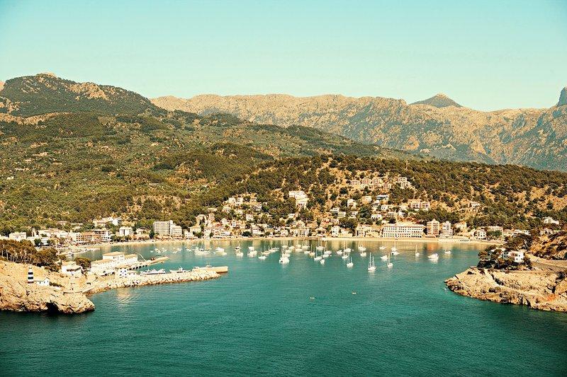 3 façons de découvrir Majorque : à pied, à vélo ou en voiture de location