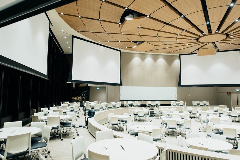 hybrid events will continue to be one of the top 10 meeting trends of 2021