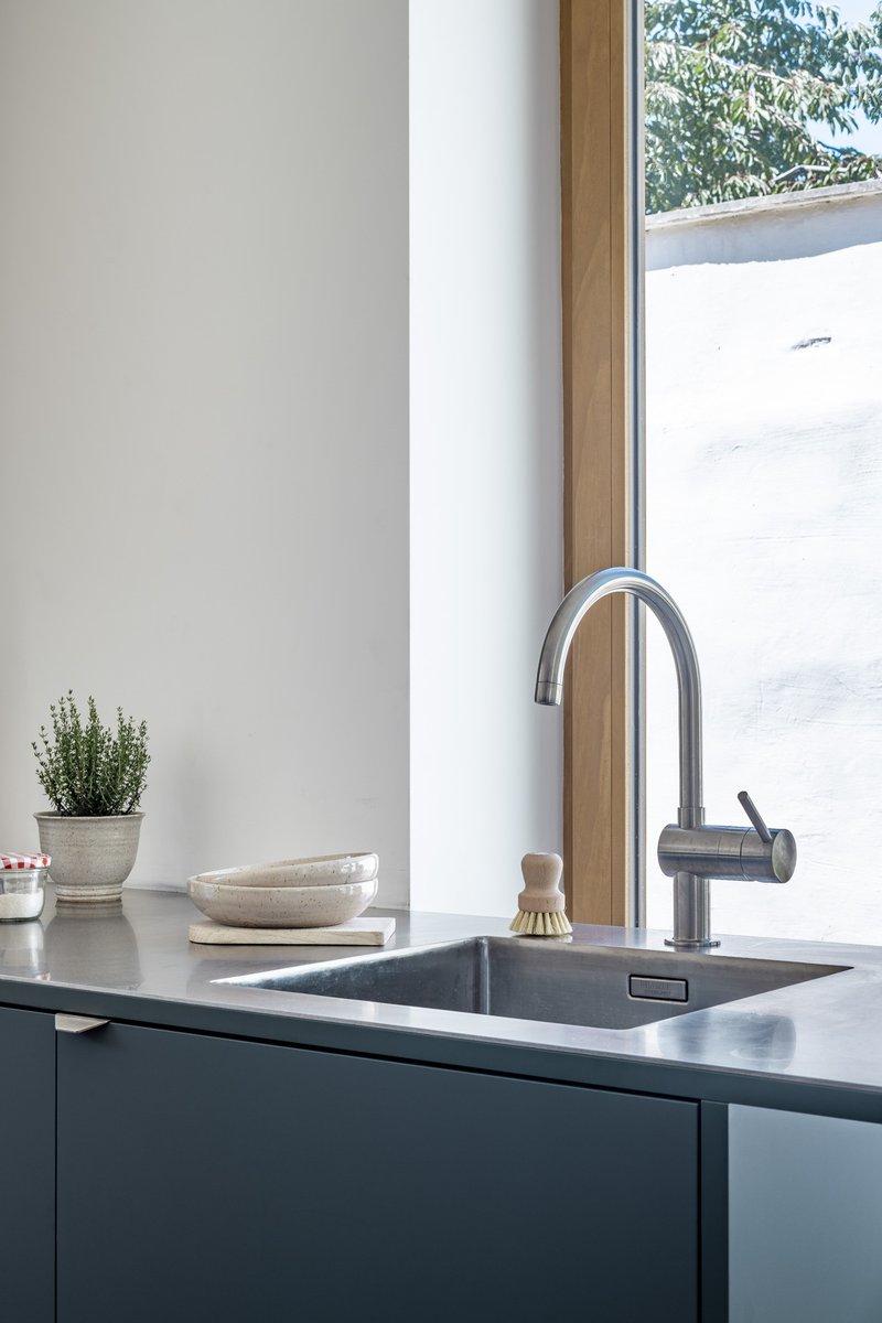 Firmax - inox werkblad met naadloos ingelaste Blanco spoelbak en keukenkraan