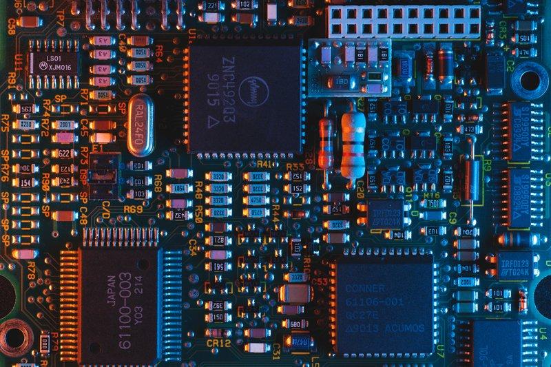 printed-circuit-unsplash