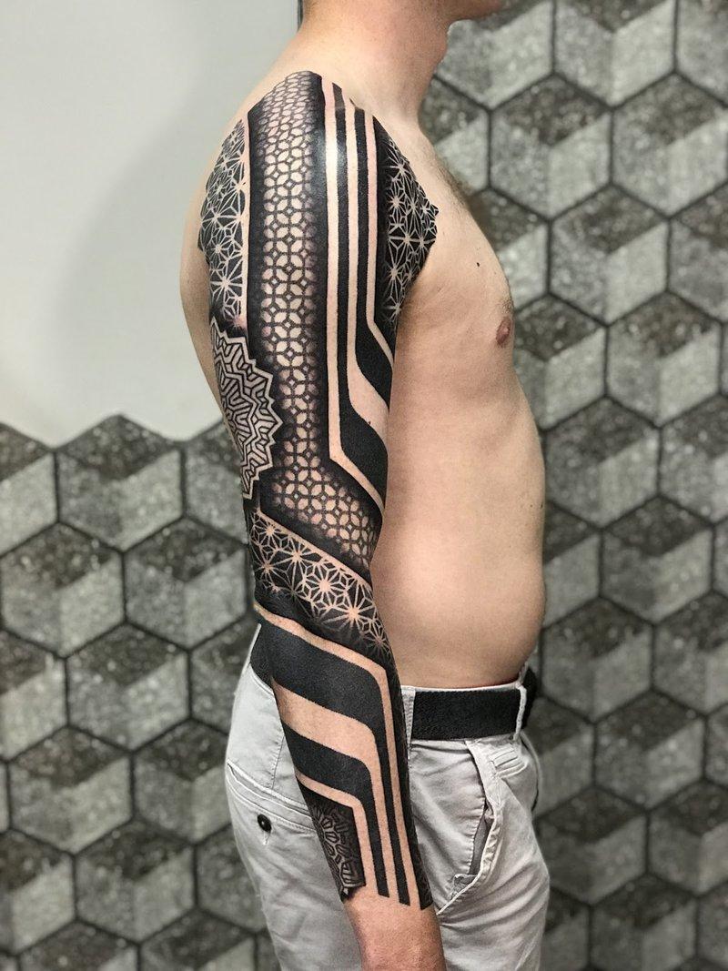 Cory Ferguson - Signature work a Tattoo Good Point