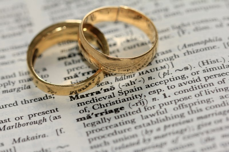 two wedding rings, filing status changes for newly married people