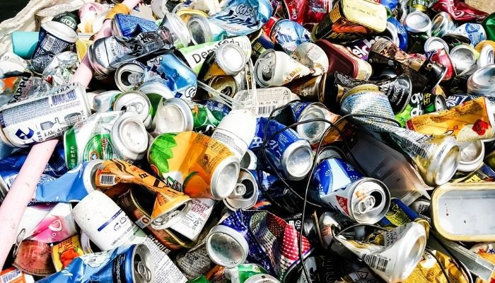 déchets ménagers - bouteille plastique