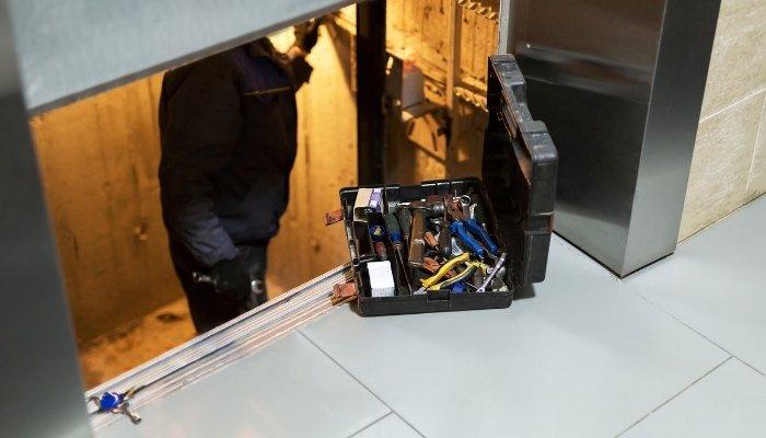 pannes d'ascenseur - délai d'intervention réparation