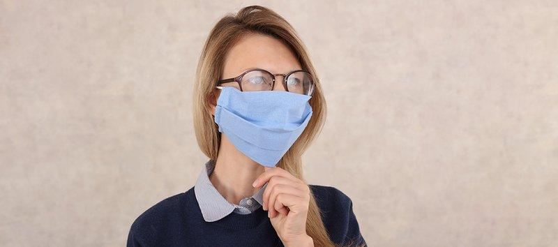 combineer een bril en een mondmasker - Brilart