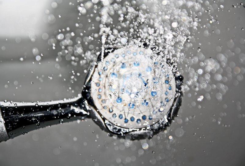 Stinkt je douche? We kunnen helpen!