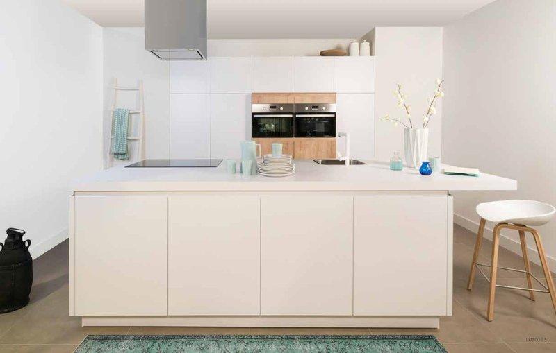 Keukentrends: een witte keuken blijft het goed doen