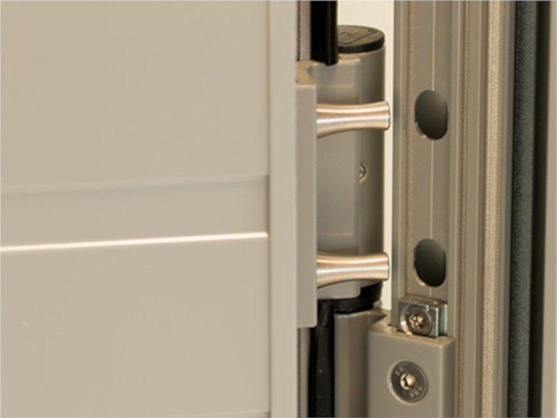 Dievenklauwen als deurslot