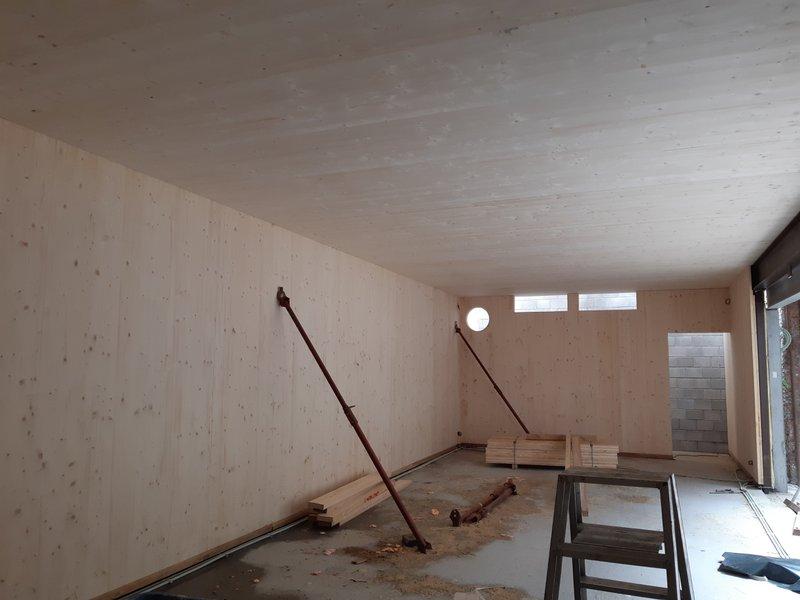 CLT-constructie moet de lasten van onder meer de vloer- en dakopbouw kunnen dragen