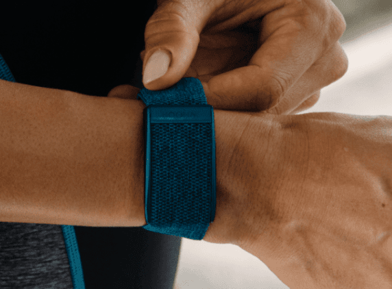 whoop fitness recovery tracker