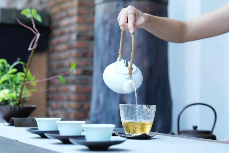 how to prepare oregano tea