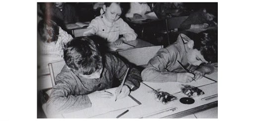 enfants écrivent