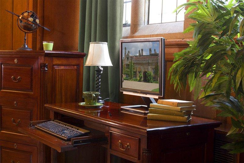 alcove cabinets London