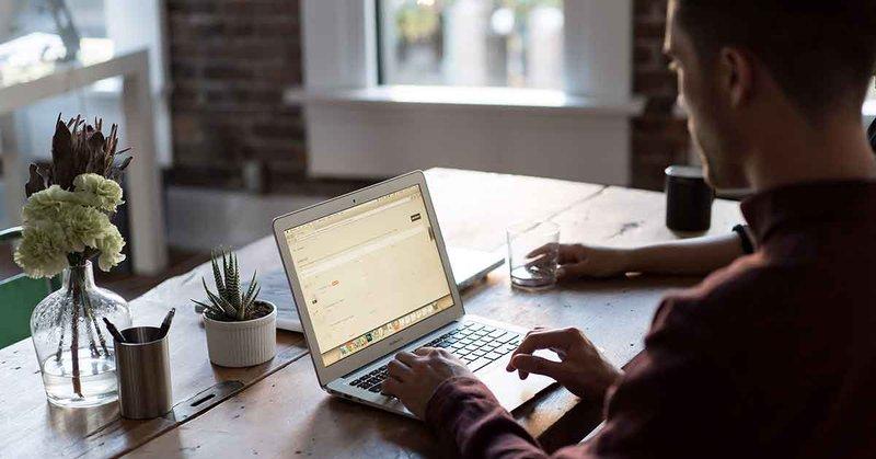Prednosti e-izobraževanja za podjetja