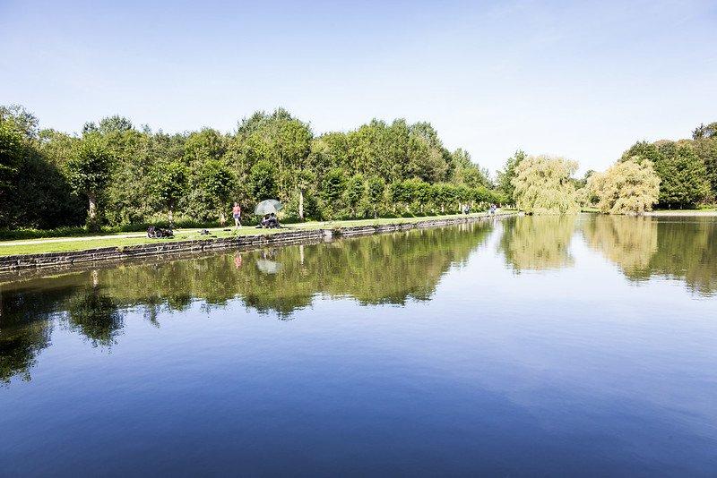 Het Vrijbroekpark in Mechelen is ideaal voor een gezellige picknick