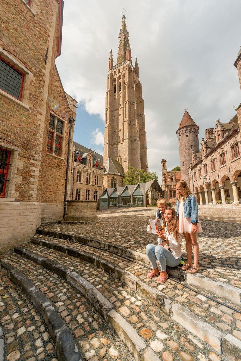 Op lentewandeling in Brugge