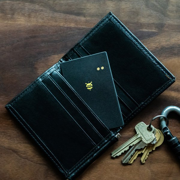 BlackCard - tracking device for your wallet