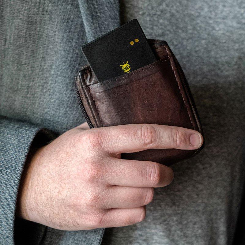 Pebblebee BlackCard Wallet Tracker