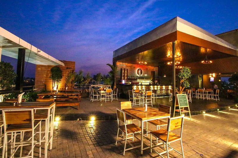 STONE WATERS   The Ultimate Guide to Best Rooftop Restaurants & Bars in Hyderabad