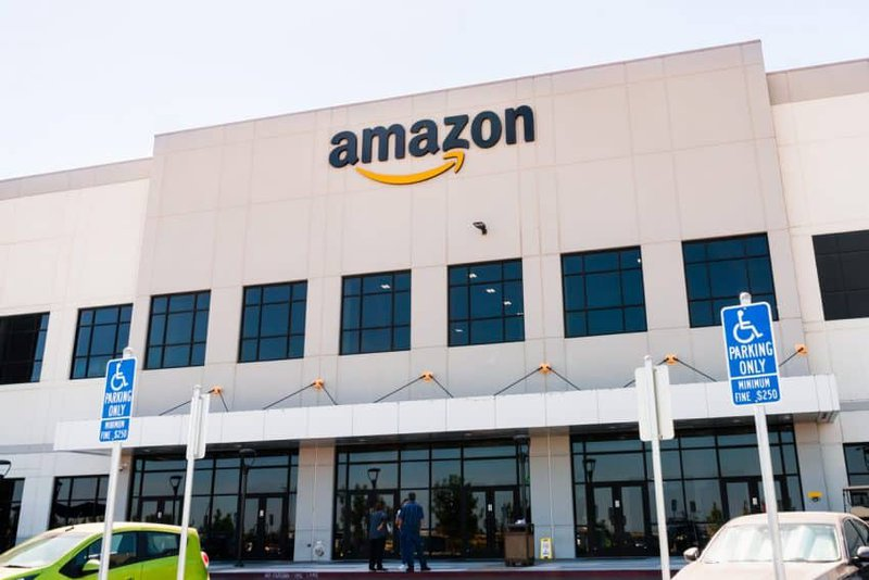 Here's why Amazon is supporting US Govt. to make Cannabis legal!