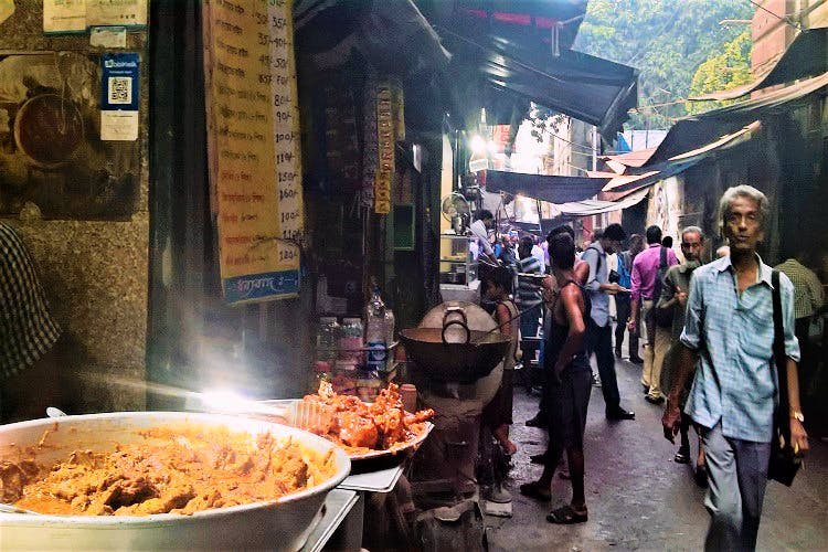Chowmein-The-Ultimate-Guide-to-Best-Street-Food-in-Kolkata