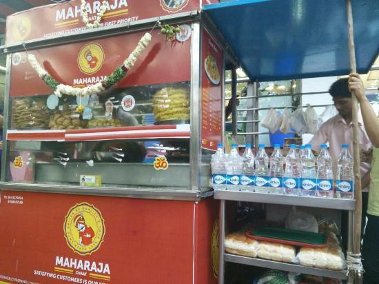 Maharaja-Chaat-Centre-The-Ultimate-Guide-to-Best-Street-Food-in-Kolkata
