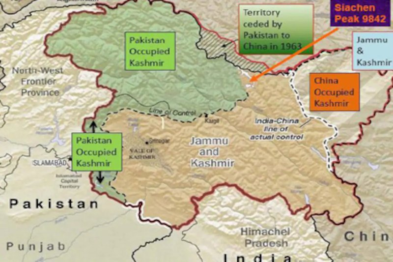 India slams Pak at UNGA | Reply to Imran Khan for raking up Kashmir Issue