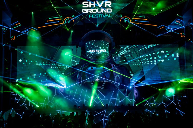 SHVR Ground stage and lighting