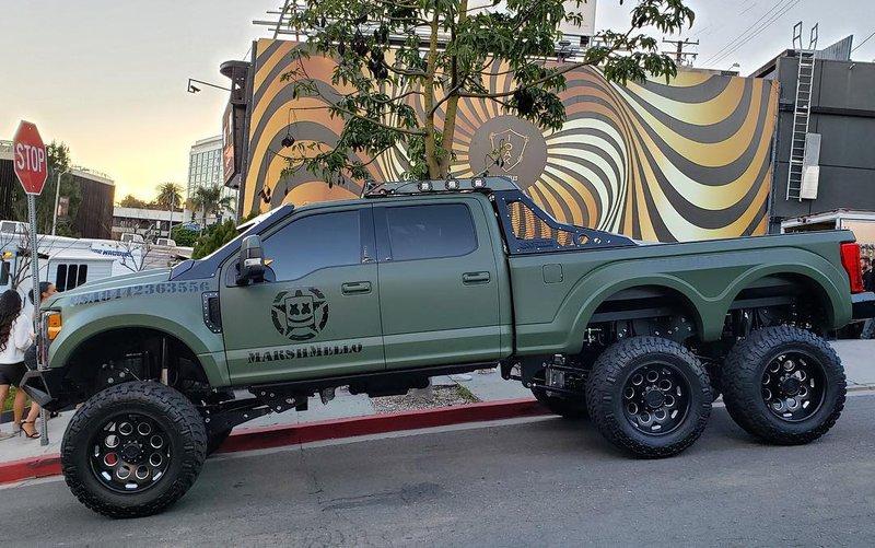 Marshmellow 客製化的 Ford Super Duty
