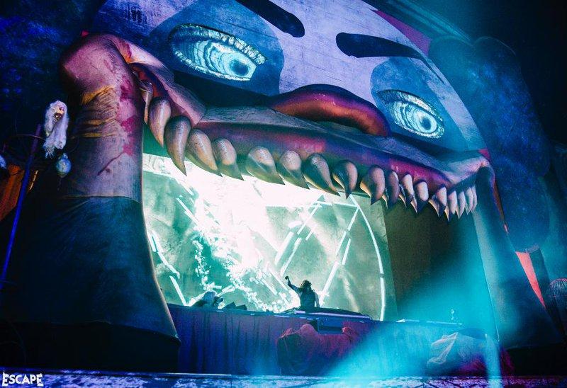 Escape: Psycho Circus Korea Poster