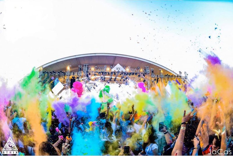 Chroma Music Festival paint fight, Philippines
