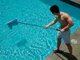 How to Start a Pool Cleaning Business: 6 Pro Tips to Succeed