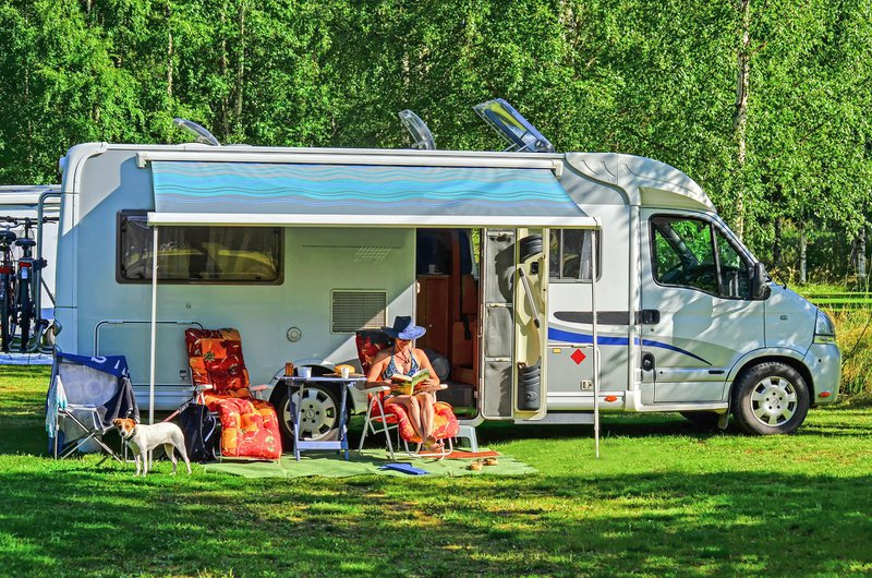 Pros and Cons of RV Covers