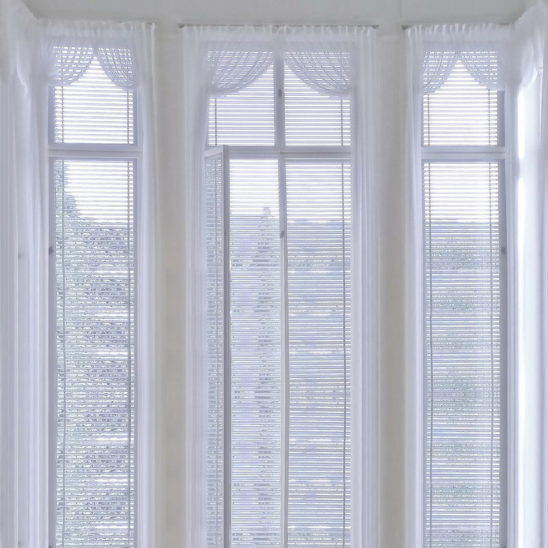 What Are the Easiest Window Treatments to Clean