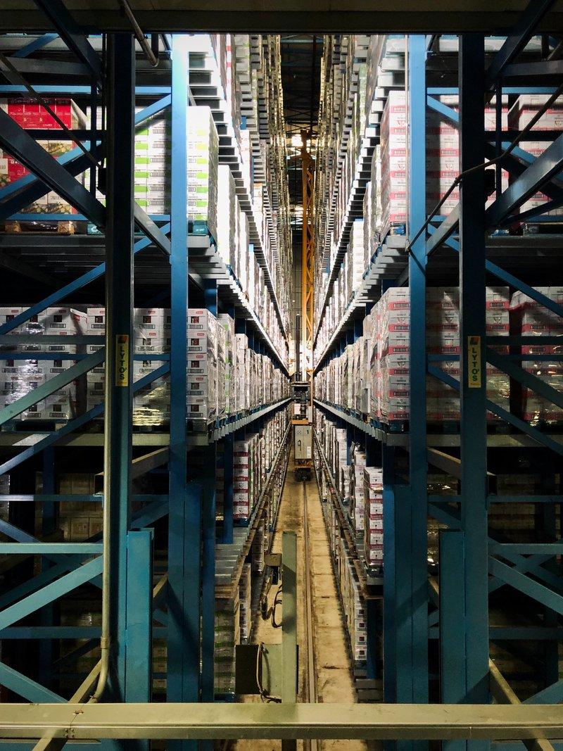 Automatic warehouse, guaranteed no beardos in this shot.