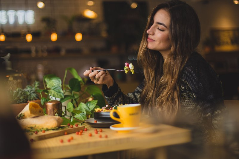 A good meal and a pleasant ambiance can increase customer satisfaction