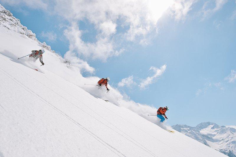 Avalanche Safety, ski Arlberg