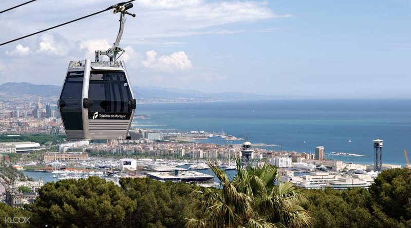 things to do in Barcelona with kids - Montjuic Cable Cars