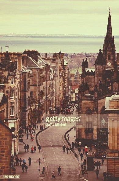 Edinbugh the best student city in the uk