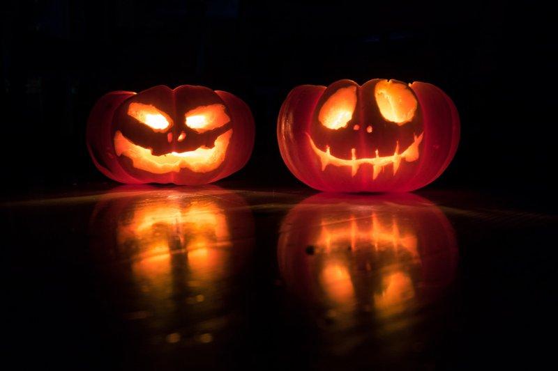 Pumpkin Twins halloween