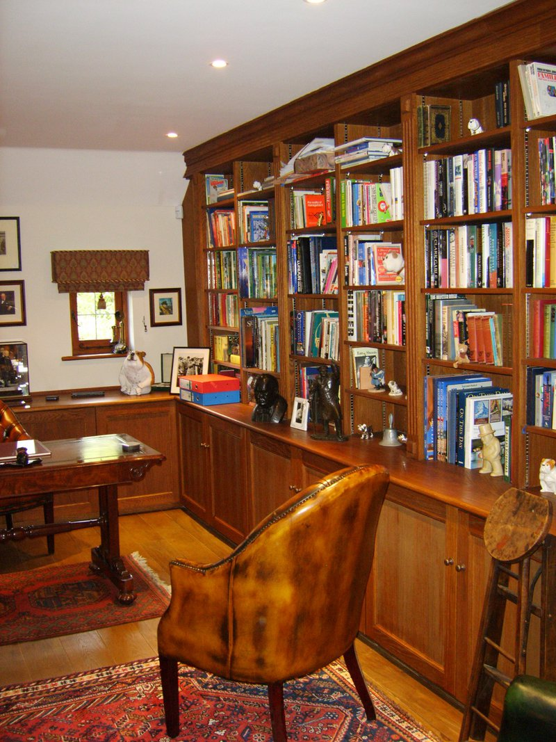 Traditional Style of Home Office
