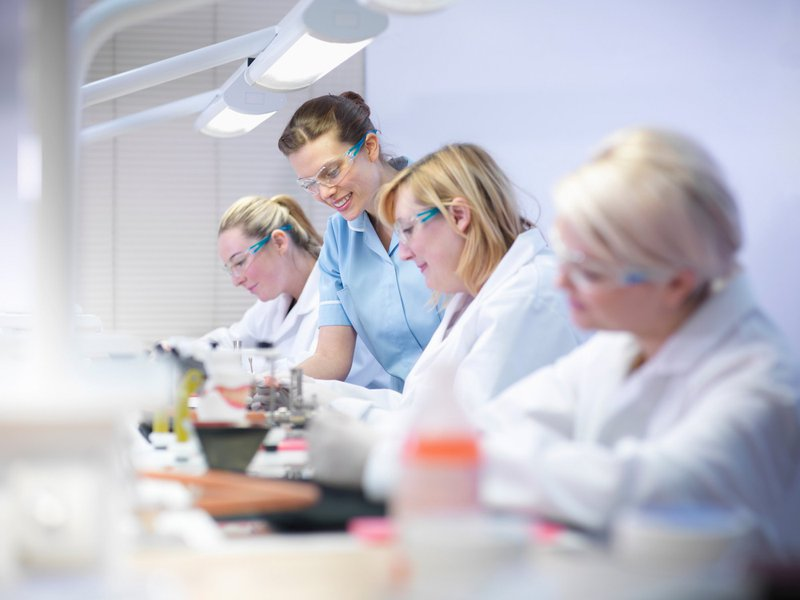 students learning new skills in dental CE courses