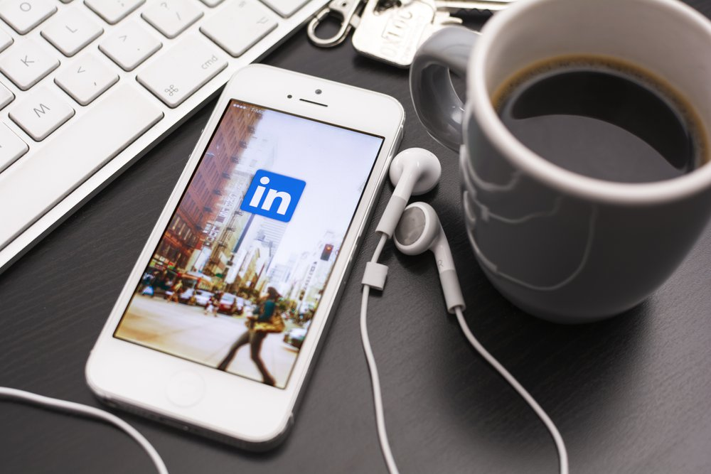 The Ultimate 3000+ word Guide to Using LinkedIn to find New Clients