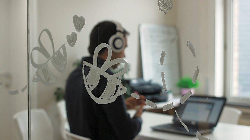 Webdesigner aan het werk in SiteManager