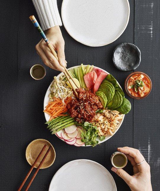 korean poke bowl gold&green